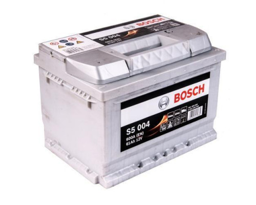 Автомобильный аккумулятор  Bosch 61 Ач